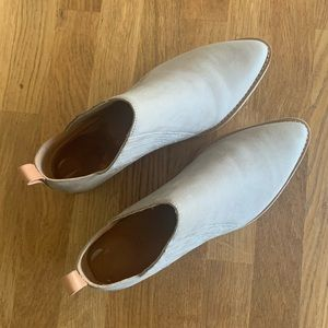 Shoes Gentle Souls by Kenneth Cole - worn once